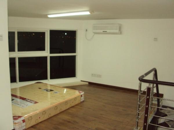 奥园大厦单身公寓出租,家私电器齐全!