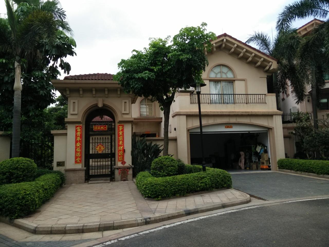 广州绿茵岛水岸别墅外景图