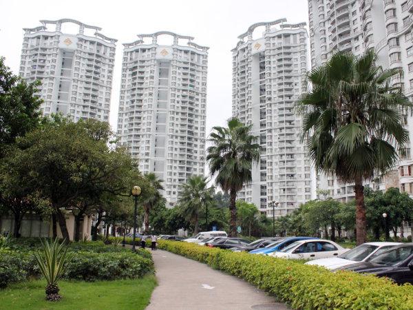 推推99广州房产网祈福新村A区外景图