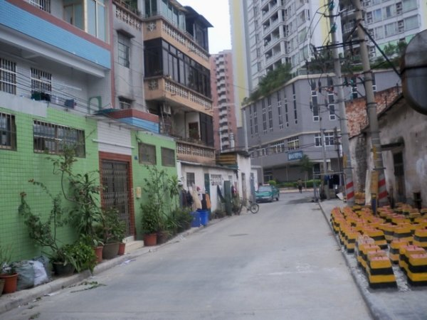 推推99广州房产网怡乐路小区外景图