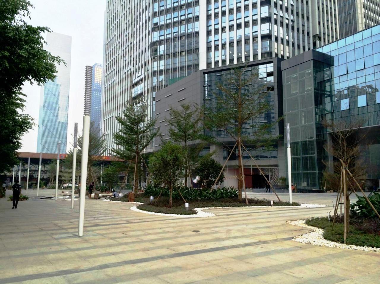 广州保利克洛维广场外景图