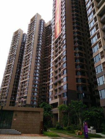 推推99广州房产网中大城外景图