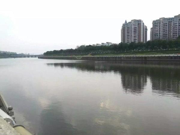 推推99广州房产网英豪花园外景图