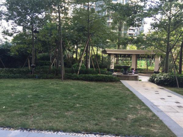 推推99广州房产网保利天悦外景图