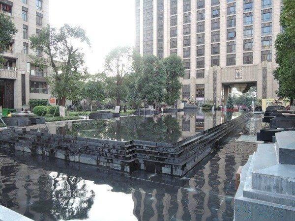 推推99广州房产网万科欧泊外景图