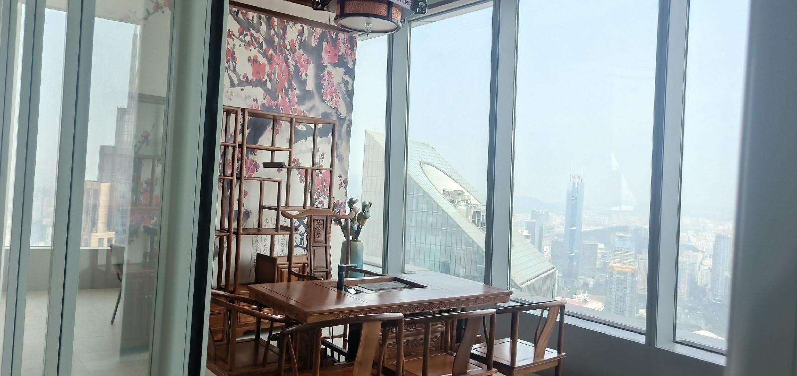 广州越秀金融大厦(北塔) 全区高层的办公单位 精装修带家私